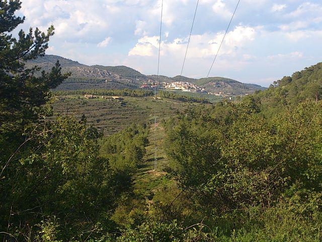 Red electrica cerca de Torrijas (Teruel)