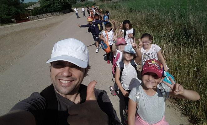 Javi y los niños por el Ebro