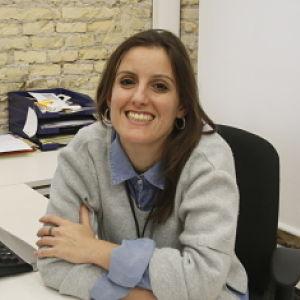 Olga en la ofi