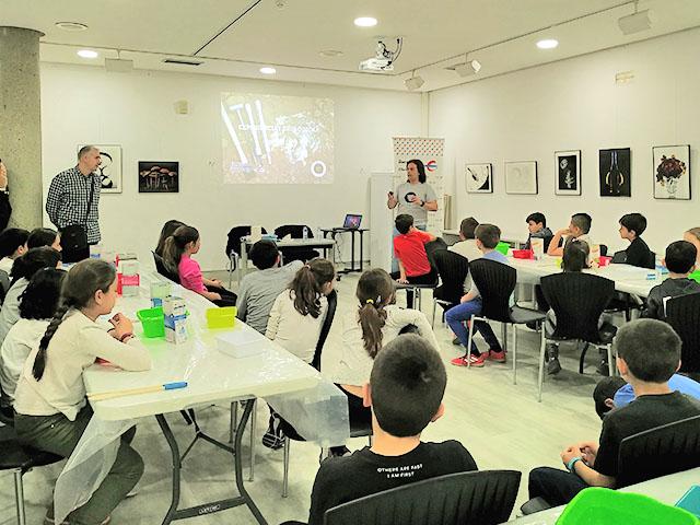 taller de experiencias geologicas para escolares, incluido en el programa didáctico de la fundación Ibercaja