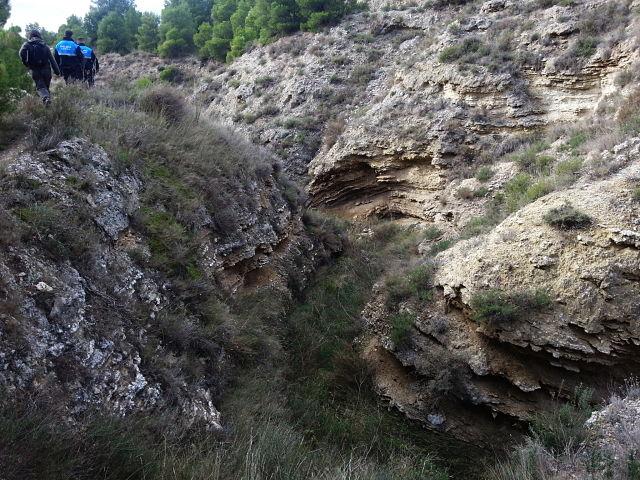 Barranco en las salinas de Valtierra