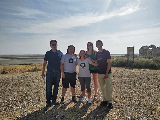 Foto de grupo con los periodistas invitados al viaje de familiarización de Turismo Geolgico de Aragón