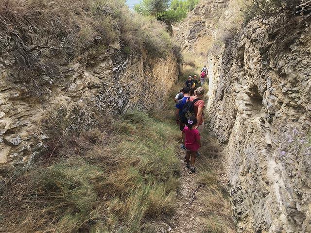 ruta senderista por los montes de Valtierra. Ruta de las salinas.